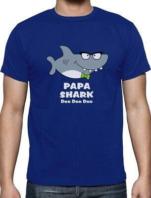Papa Shark Doo doo doo Funny Fathers Day Gift For Grandpa T-Shirt Ocean Beach