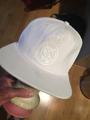 REAL MADRID WHITE SNAP BACK CAP HAT