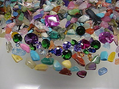 Treasure Hunt - 2200 Carats of Gemstones - 5 Carats of Faceted Gemstones