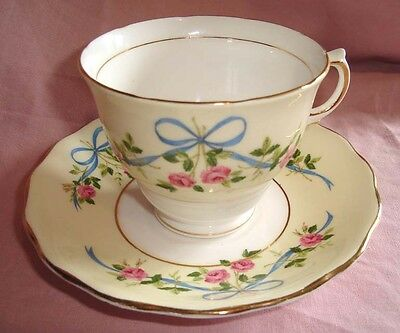 Lovely Vintage Colclough China Ribbons and Bows Tea Cup Teacup - Saucer Duo