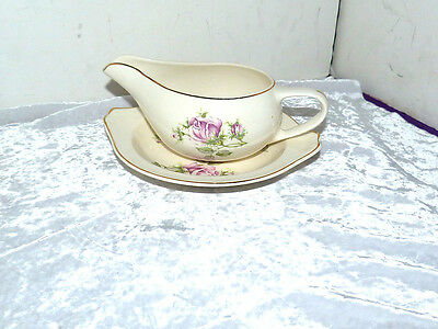VINTAGE GRAVY BOAT AND PLATE MADE BY PADEN CITY POTTERY- FREE SHIPPING