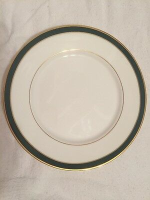 Royal Grafton Warwick Salad Plate With Green Trim 8-25 Wide