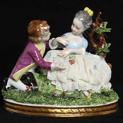 Unterweissbach Germany Porcelain Dresden Lace Figurine 9552-1 Courting Couple