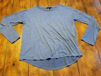 Forever 21 size small long sleeve shirt-  Excellent conditio-