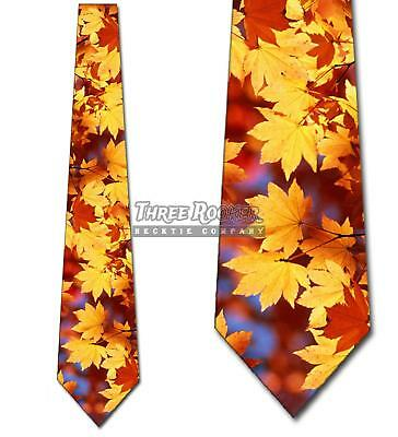 Autumn Falling Leaves Thanksgiving Mens Tie Brand New