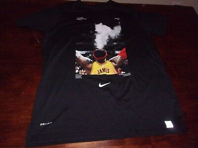 Lebron James used mens Nike Tee mens large Cleveland Cavs NBA t shirt