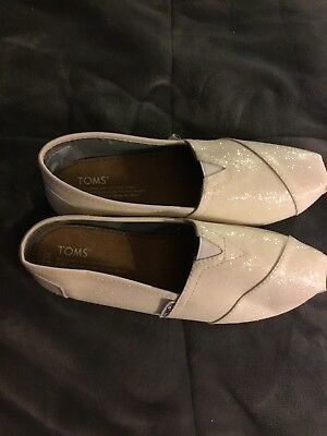 toms shoes womens size 7 new