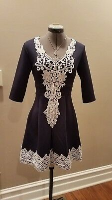 Kate Middleton Style Fit Flare Dress Blue White Lace Small XS Womens BOUTIQUE