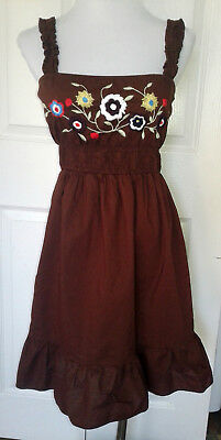 WET SEAL BROWN EMBROIDERED FLOWERS FLORAL MEXICAN PEASANT SUN DRESS SMALL S