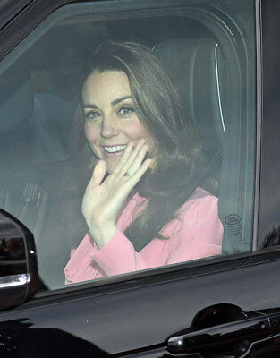 Kate Middleton Duchess of Cambridge size 5 x 7 Colour Photograph 7