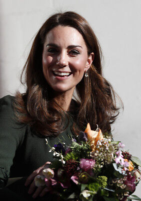 Kate Middleton Duchess of Cambridge size 5 x 7 Colour Photograph D4