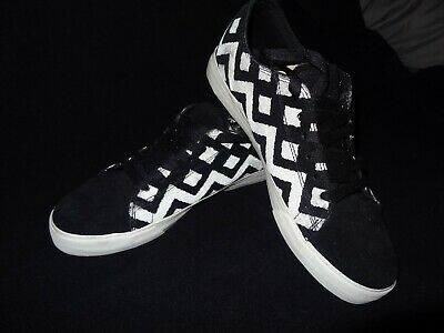 SUPRA THUNDER LOW BLK SUEDE WREFLECTIVE PRINT SHOES - SIZE 10