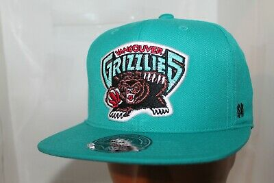 Vancouver Grizzlies Mitchell - Ness NBA Team Solid Hi Crown Fitted CapHat   NEW