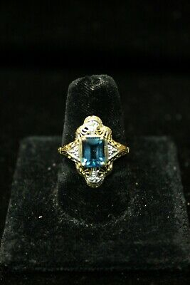 Vintage Antique 10K Yellow and White Gold Ring with Aquamarine Gem Stone