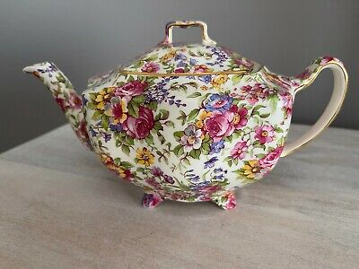 CHINTZ FOOTED TEAPOT COLLECTORS EDITION HOUSE OF CLARIDGE ENGLAND BEAUTIFUL
