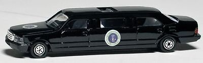 Daron Presidential Limousine diecast Car model toy 164 scale New in Box