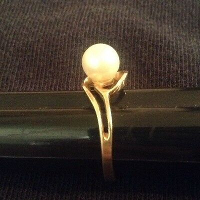 Vintage PEARL RING 14K Yellow Gold Size 6 Womans NaturalCultured