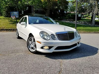 2008 Mercedes-Benz E-Class E350 4MATIC - AMG 2008 MB E350 4MATIC - AMG SPORTEXCELLENT CONDITIONNAVIGATIONPANORAMIC ROOF