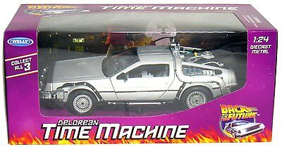 WELLY 124 DELOREAN TIME MACHINE BACK TO THE FUTURE PART 1 DIECAST MODEL SILVER