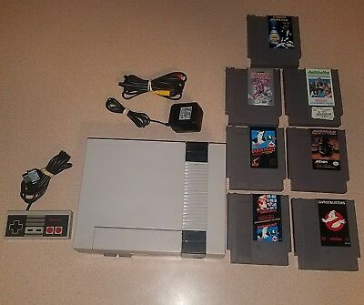 Nintendo NES - 001 1985 Console Bundle with 7 Games Tested and Working