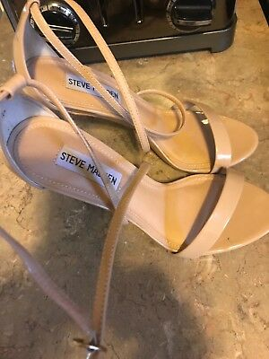 Steve Madden Nude Feliz Single Sole Heels Size 7-5M PU UPPER