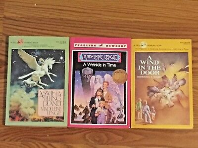 Madeleine LEngles Time Quartet Books Lot  of 3 A Wrinkle in Time Large Trade