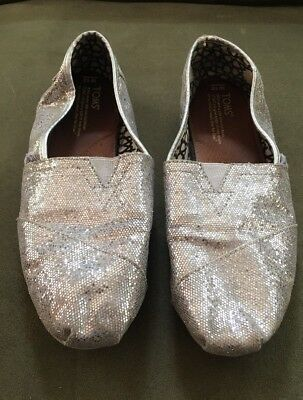 Womens Silver Sequin Toms Shoes In Size 10