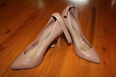 Used and Worn Steve Madden Ankle Strap Pointy Toe High Heels  Pumps Size 6-5