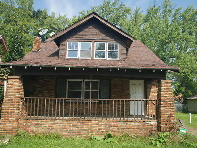 Wonderful Solid brick 45 Bedroom House in Youngstown Ohio House - Land