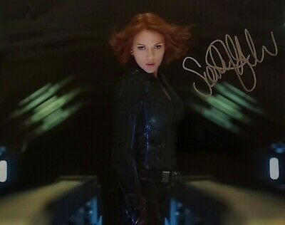 SCARLETT JOHANSSON in THE AVENGERS Personally AutographedSigned Photo 8X10