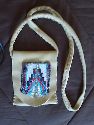 Medicine Bag  Pouch Purse  Crossbody  Beaded Deerskin 5 x 4 with 34 Strap