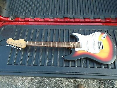 VINTAGE USED UNKNOWN BRAND COLORFUL ELECTRIC GUITAR POSSIBLE DIAMOND IN ROUGH