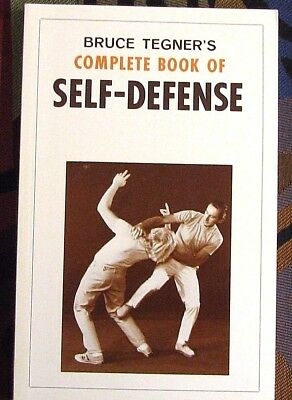 Bruce Tegners Complete Book of Self-defense Martial Arts Great Condition 1981