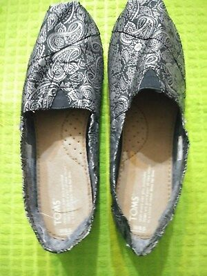 TOMS New Womens Slip On Jacquard Shoes Size 8-5