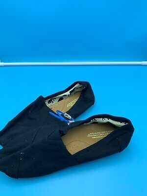 Authentic Womens Toms Classic Slip On Shoes BLACK NEW NO BOX TAGS