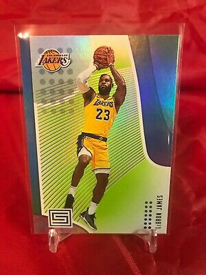 201819 Panini Status Green Prizm LeBron James Los Angeles Lakers