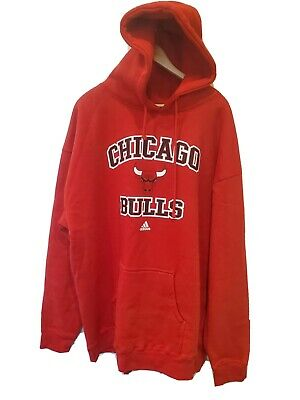 Adidas  Chicago Bulls NBA Red Hoodie  Pullover Sweatshirt  New Size XXL