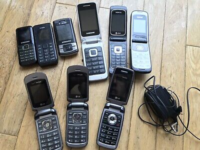 LOT OF NINE9 VINTAGE CELL  FLIP PHONES Wbatteries - Nokia Charger - Untested