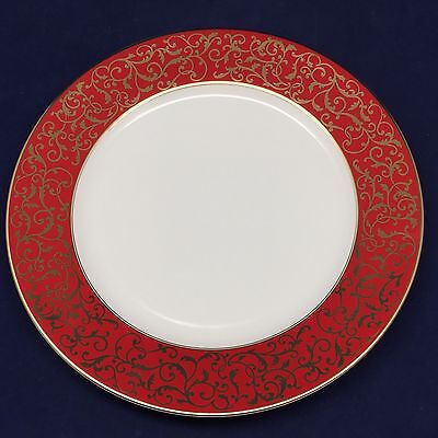 Mikasa Parchment Red Dinner Plate Red Band Gold Scrolls L3471 10 34 Diameter