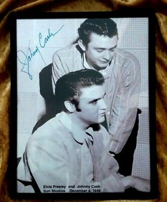 Elvis - Johnny Cash EXTREMELY RARE - Hand signed by Johnny - Sun Studio 1956  PH