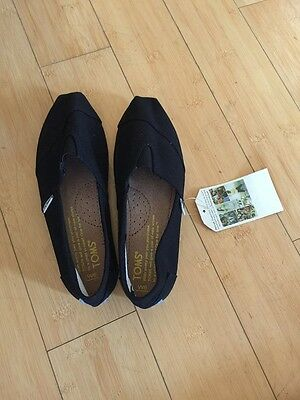 NWB TOMs Classic Women Shoes Size 6 Black Pricing just reduced
