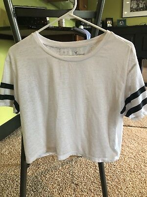 American Eagle Outfitters White Women's  Cropped Shirt sz Small