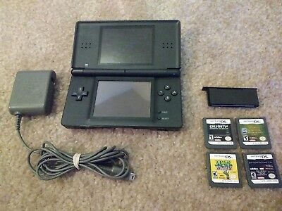 WORKING Nintendo DS Lite Onyx Console USG-001 -CHARGER -4 OFFICIAL CARTRIDGES
