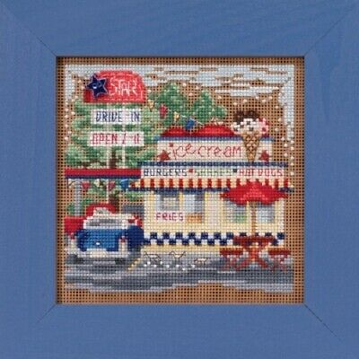 Mill Hill Spring 2019 Button and Bead Xstitch Kit - Main Street - Drive In