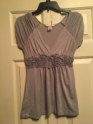Womans Juniors Small Wet Seal Gray top with cap sleeves and gathered waist