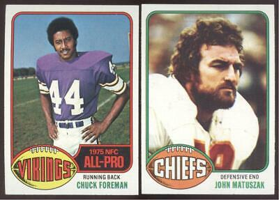 1976 TOPPS FOOTBALL - YOU PICK NUMBERS 401 - 528 - NMMT OR BETTER
