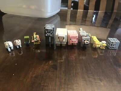 MINECRAFT MINI FIGURE LOT OF 12