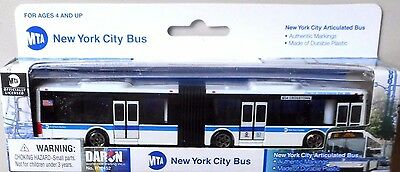 Daron New York City Articulated 6 Diecast Model Bus MTA M34 CrossTown