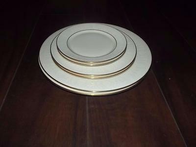 LOT OF SIX LENOX COURTYARD GOLD PLATES  NEW