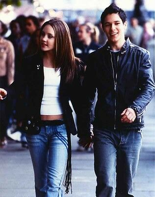 Amanda Bynes Walking in Black Leather Jacket with Man High Quality Photo